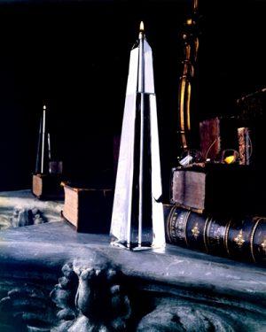 Obelisk Oil Candle